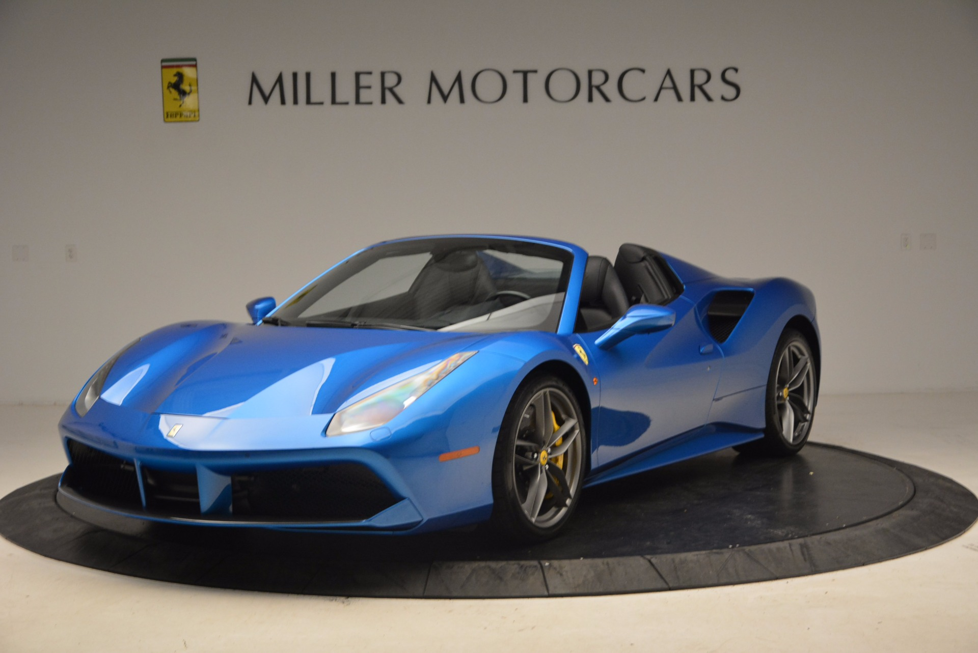Used 2017 Ferrari 488 Spider  For Sale In Greenwich, CT 1791_main