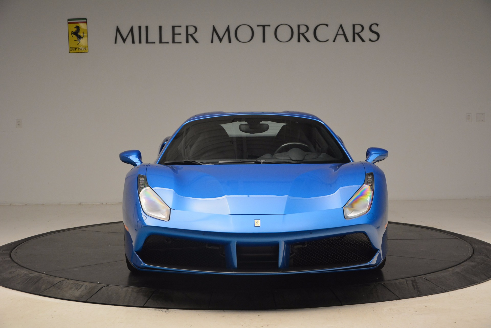Used 2017 Ferrari 488 Spider  For Sale In Greenwich, CT 1791_p12