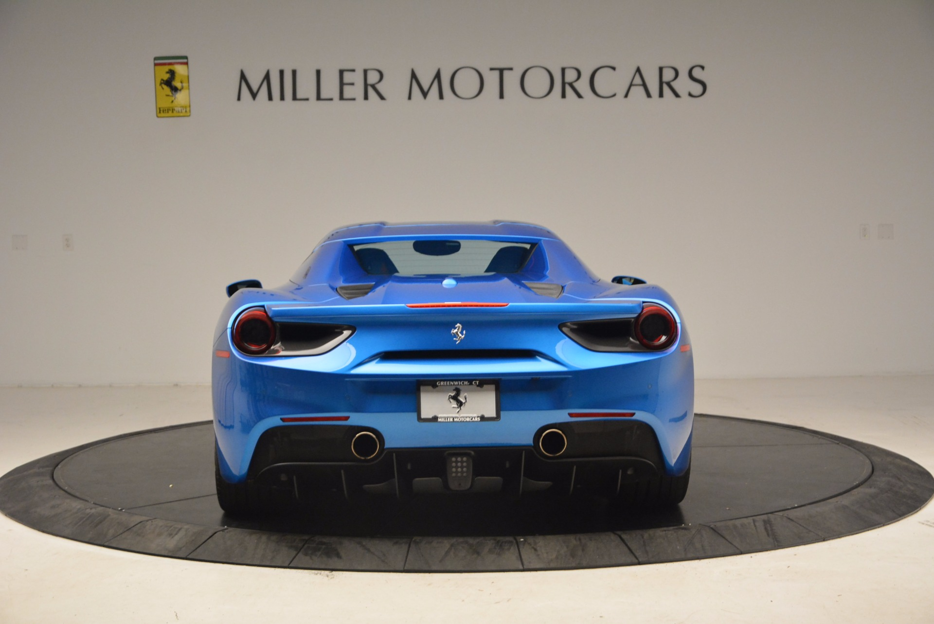Used 2017 Ferrari 488 Spider  For Sale In Greenwich, CT 1791_p16