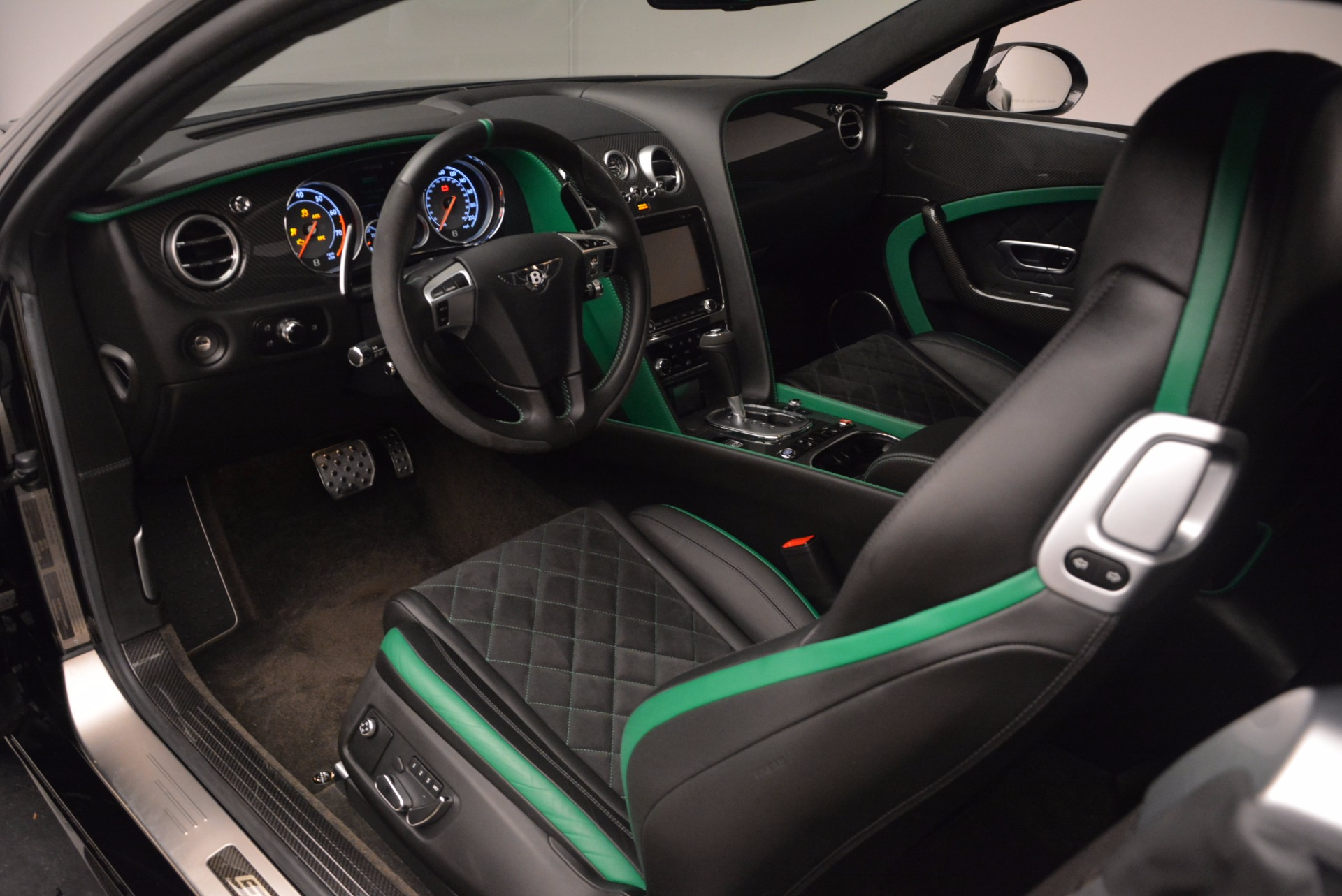 Used 2015 Bentley Continental GT GT3-R For Sale In Greenwich, CT 1794_p18