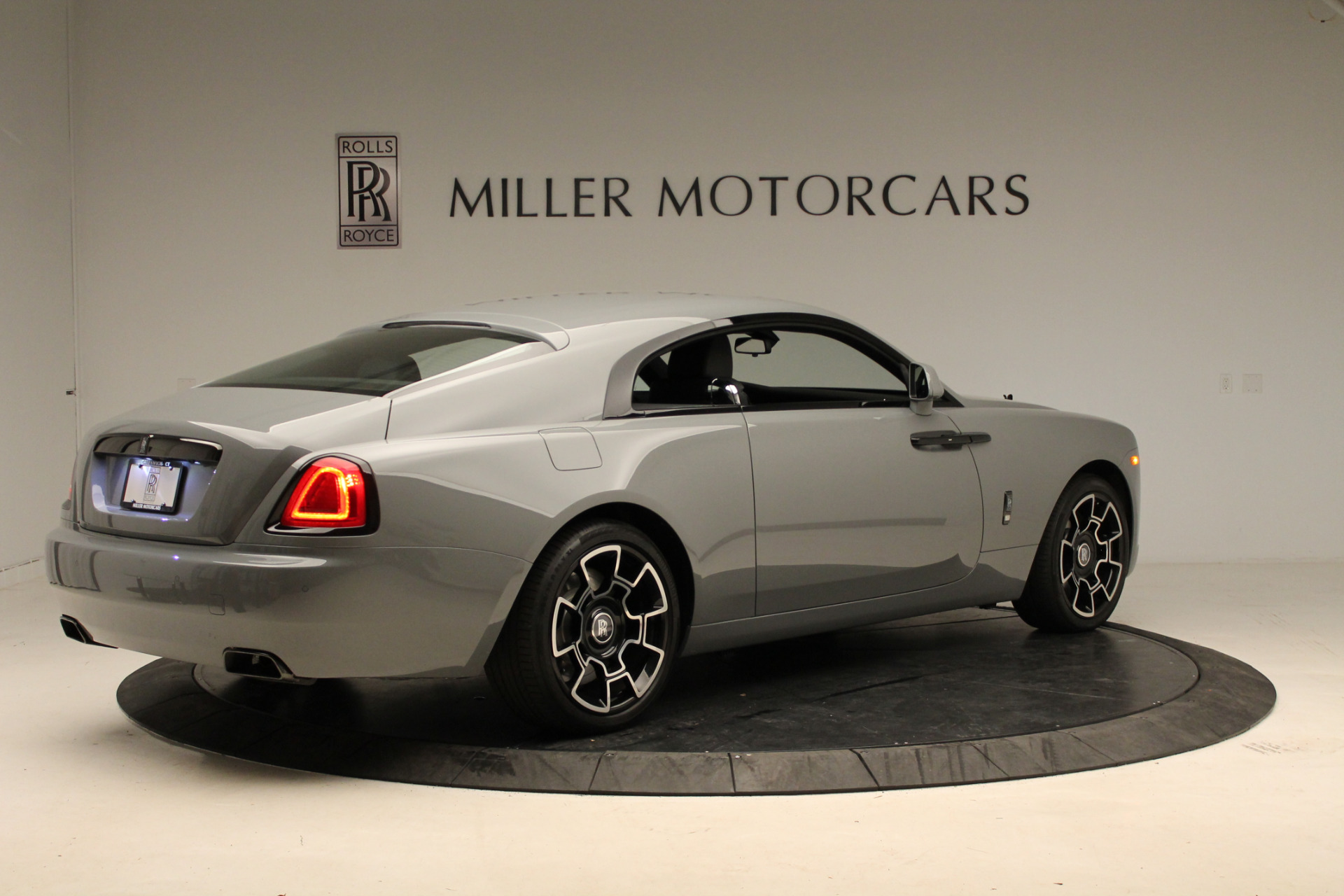 New 2018 Rolls-Royce Wraith Black Badge For Sale In Greenwich, CT 1806_p8