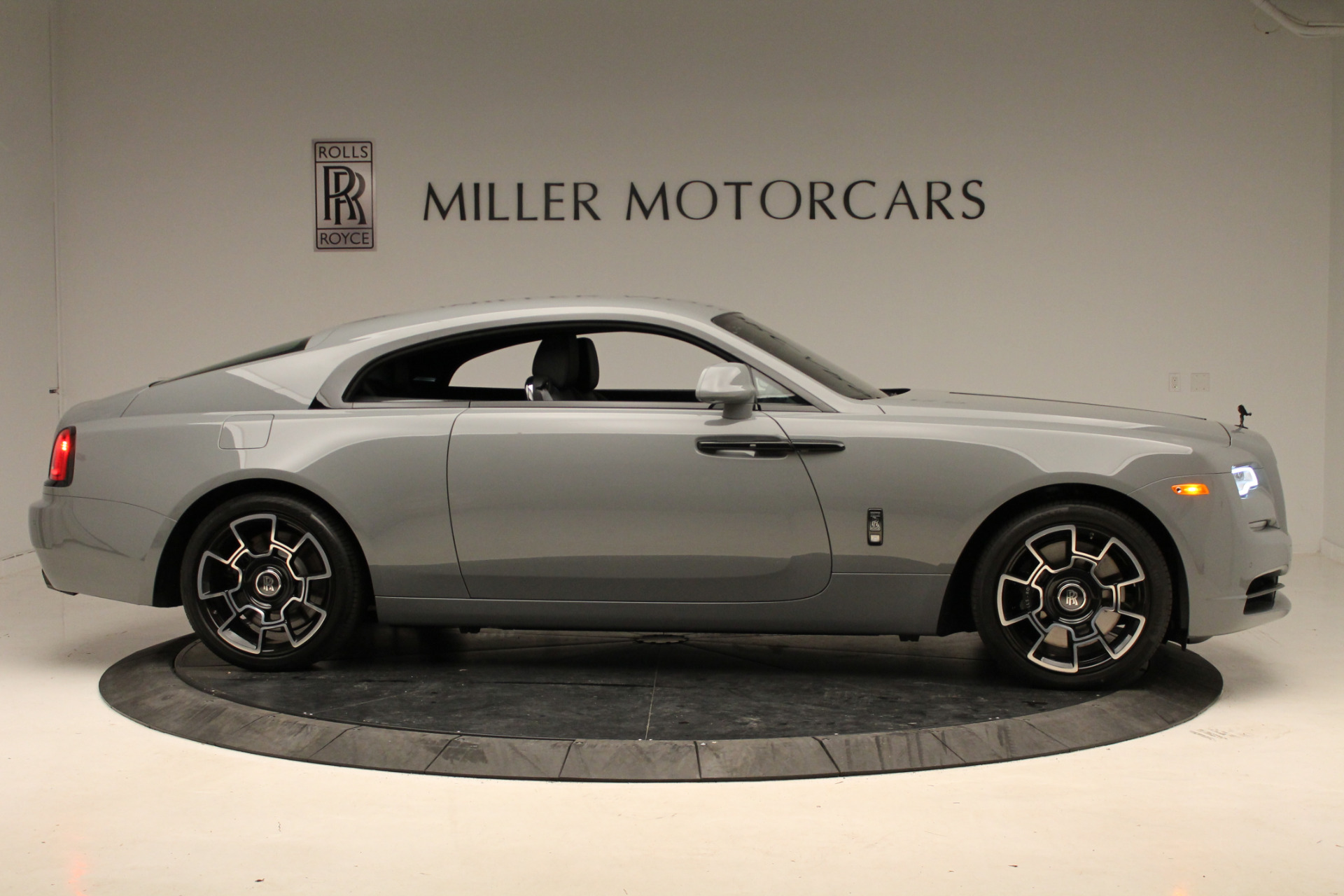 New 2018 Rolls-Royce Wraith Black Badge For Sale In Greenwich, CT 1806_p9