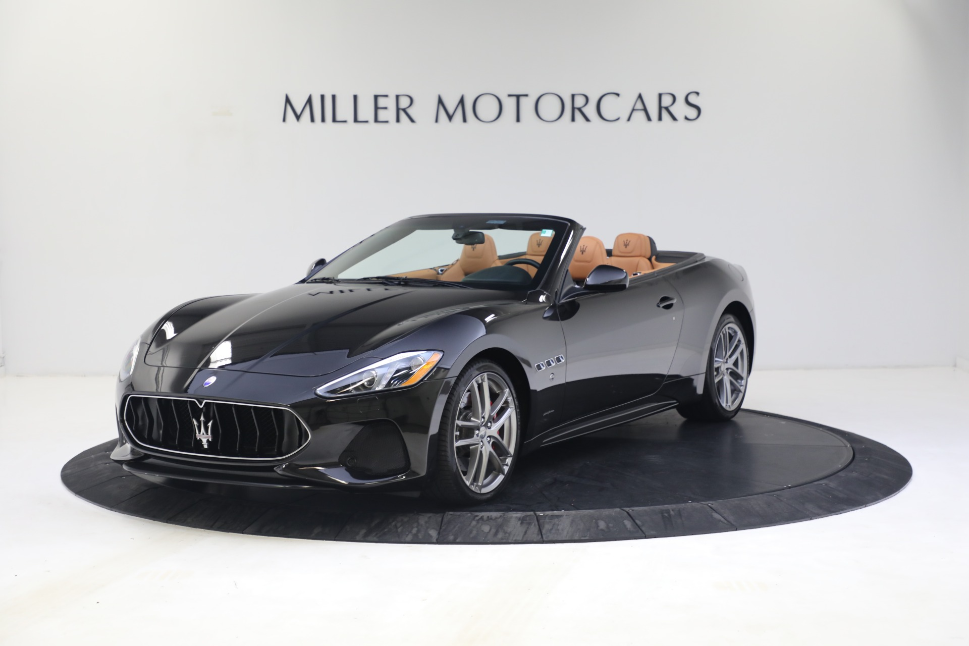 New 2018 Maserati GranTurismo Sport Convertible For Sale In Greenwich, CT 1814_p2