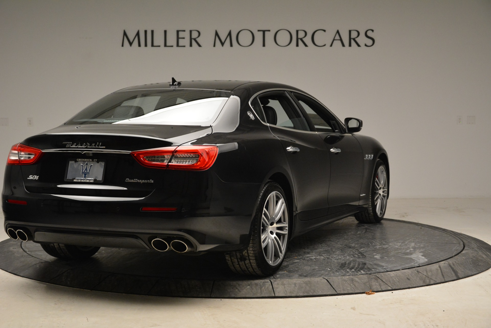 New 2018 Maserati Quattroporte S Q4 GranLusso For Sale In Greenwich, CT 1815_p7