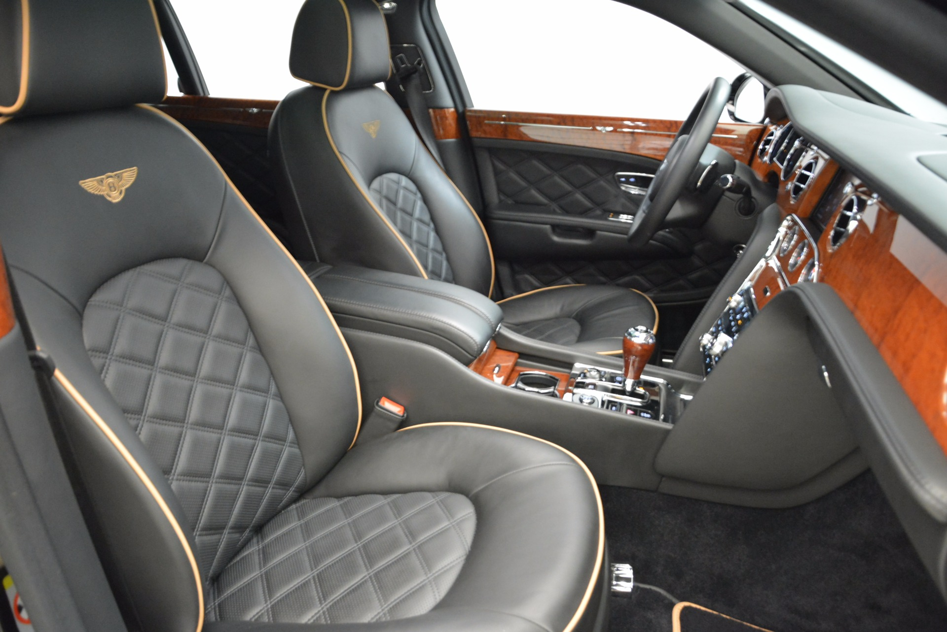 Used 2016 Bentley Mulsanne  For Sale In Greenwich, CT 1826_p39