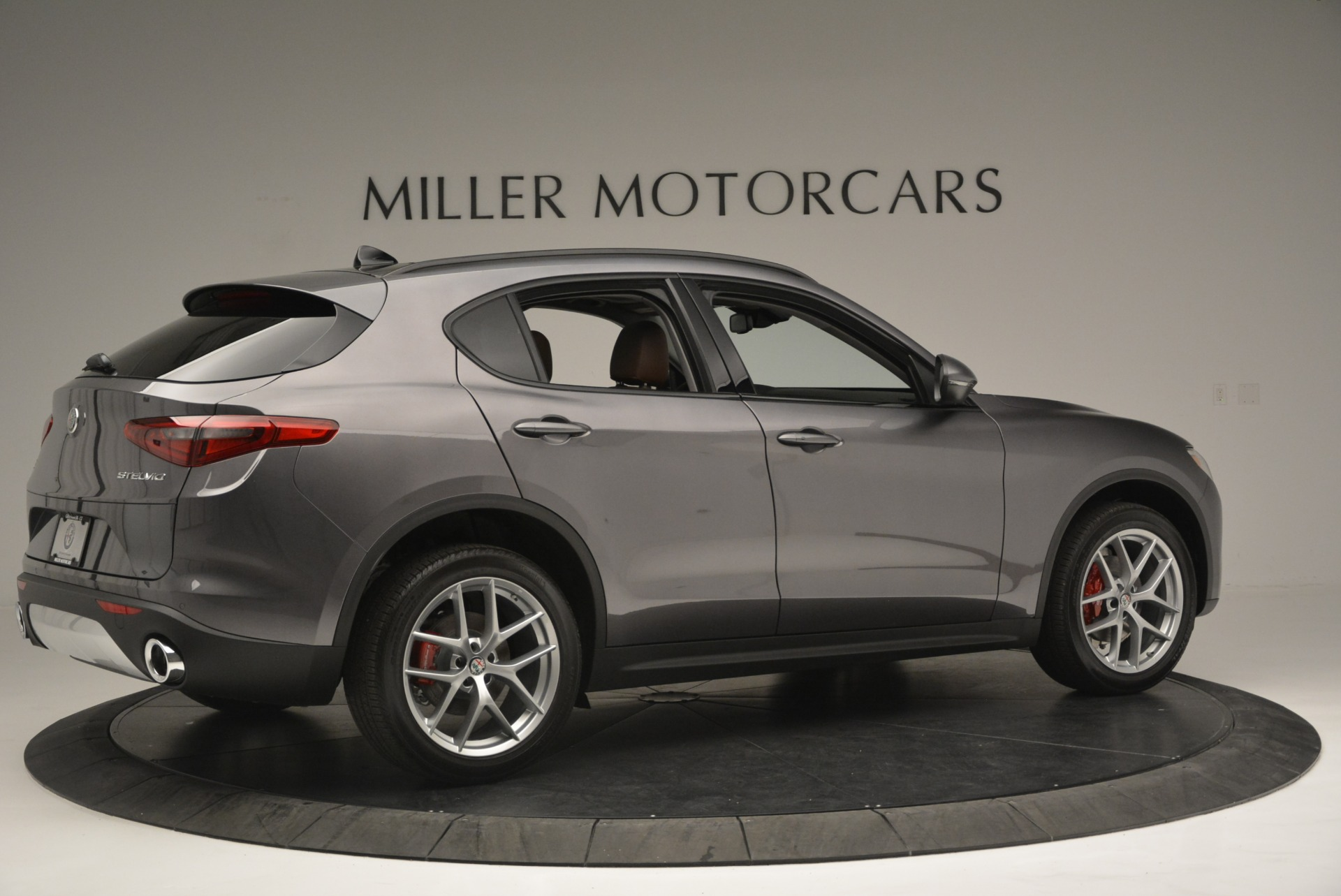 New 2018 Alfa Romeo Stelvio Sport Q4 For Sale In Greenwich, CT 1837_p8