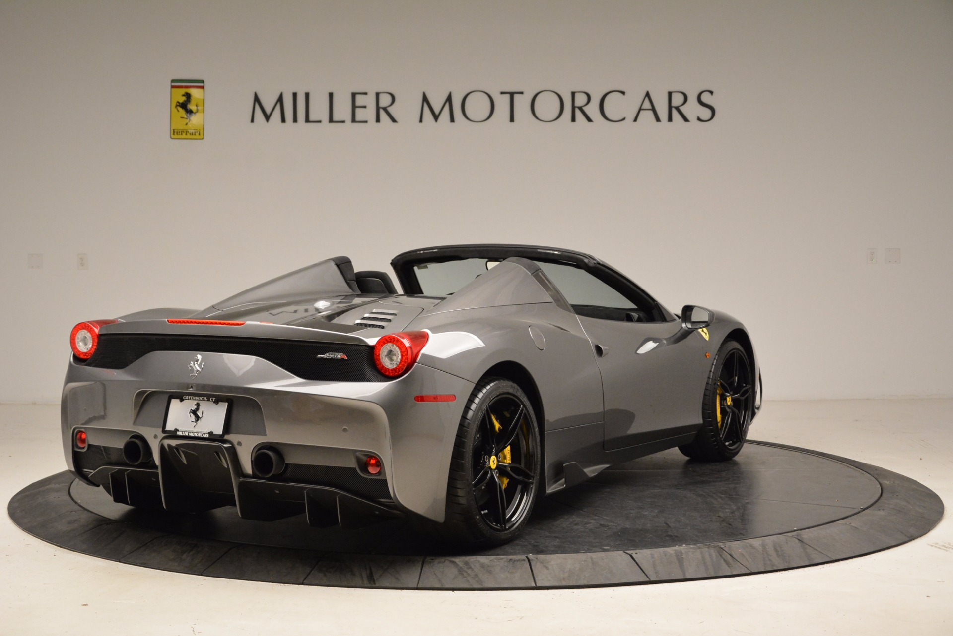 Used 2015 Ferrari 458 Speciale Aperta  For Sale In Greenwich, CT 1847_p7