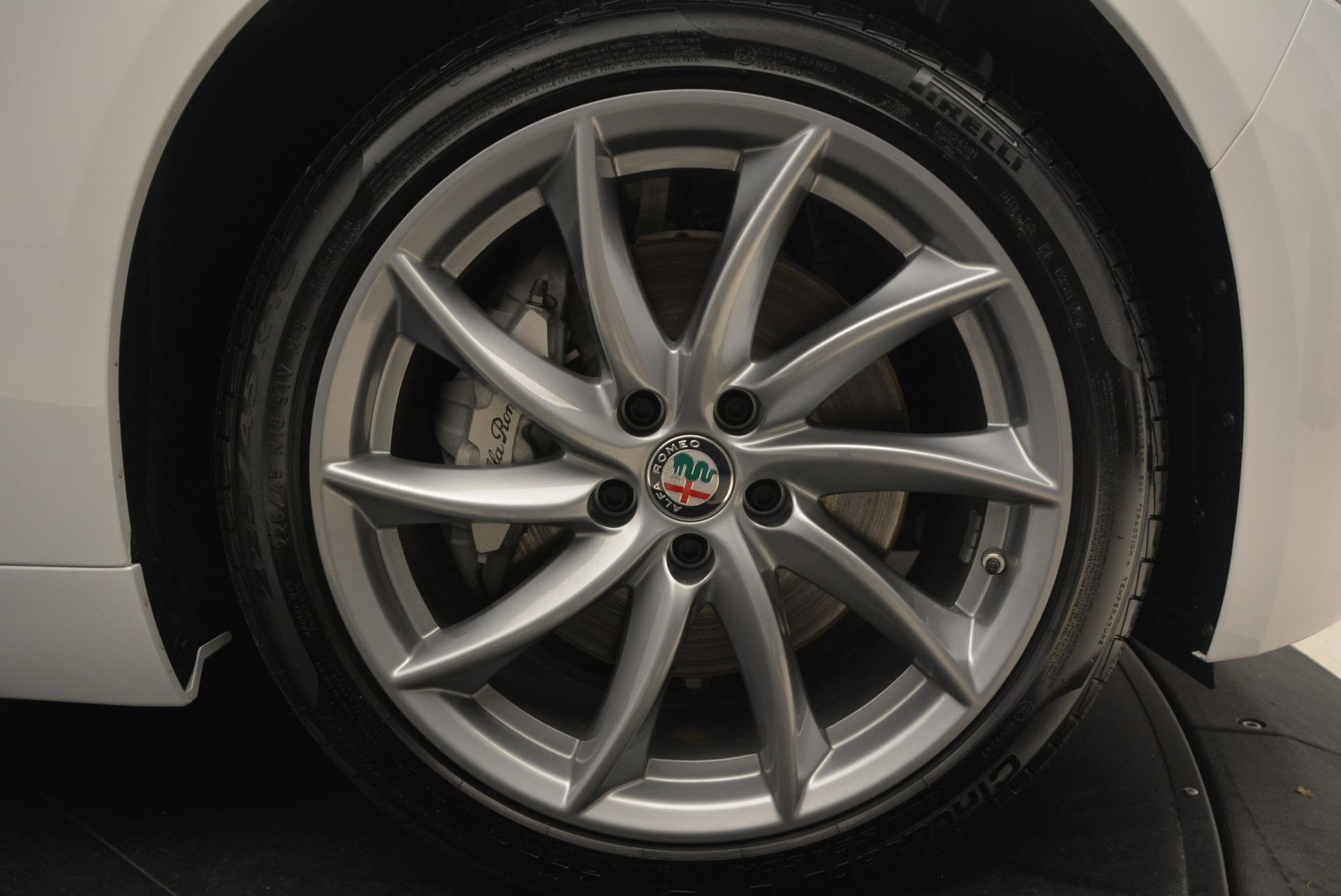 New 2018 Alfa Romeo Giulia Q4 For Sale In Greenwich, CT 1848_p25