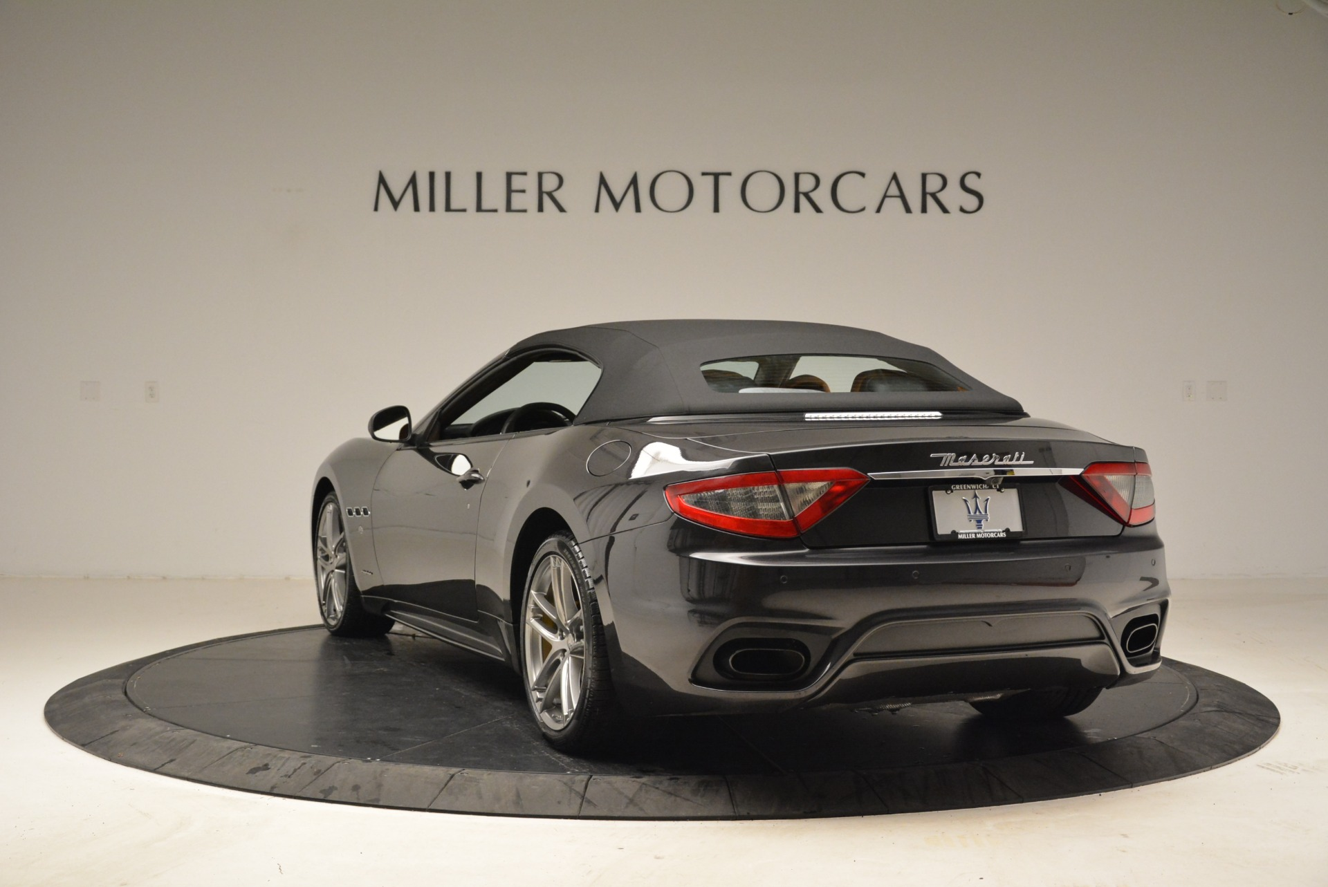 Used 2018 Maserati GranTurismo Sport Convertible For Sale In Greenwich, CT 1865_p15