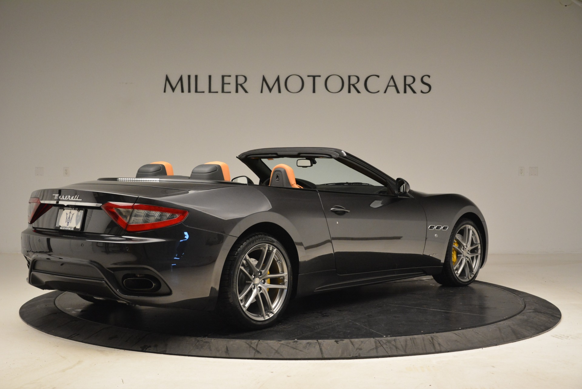 Used 2018 Maserati GranTurismo Sport Convertible For Sale In Greenwich, CT 1865_p7