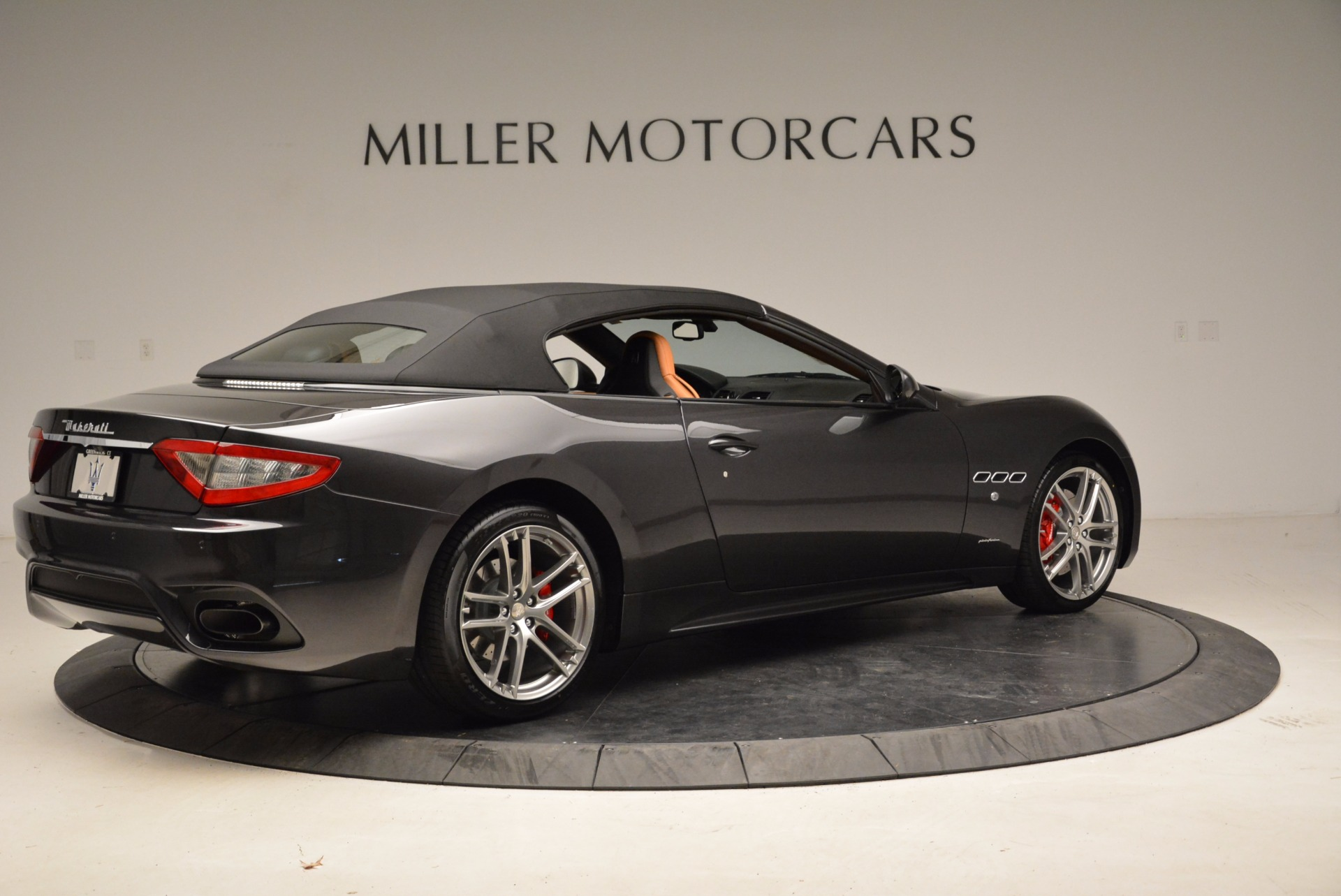 New 2018 Maserati GranTurismo Sport Convertible For Sale In Greenwich, CT 1869_p8
