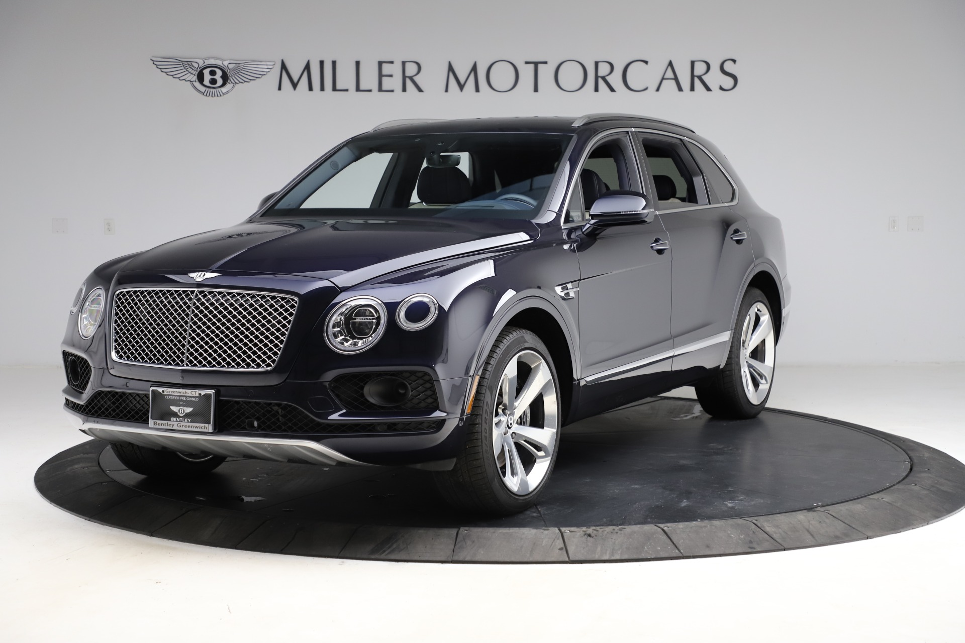 New 2018 Bentley Bentayga Signature For Sale In Greenwich, CT 1873_p2