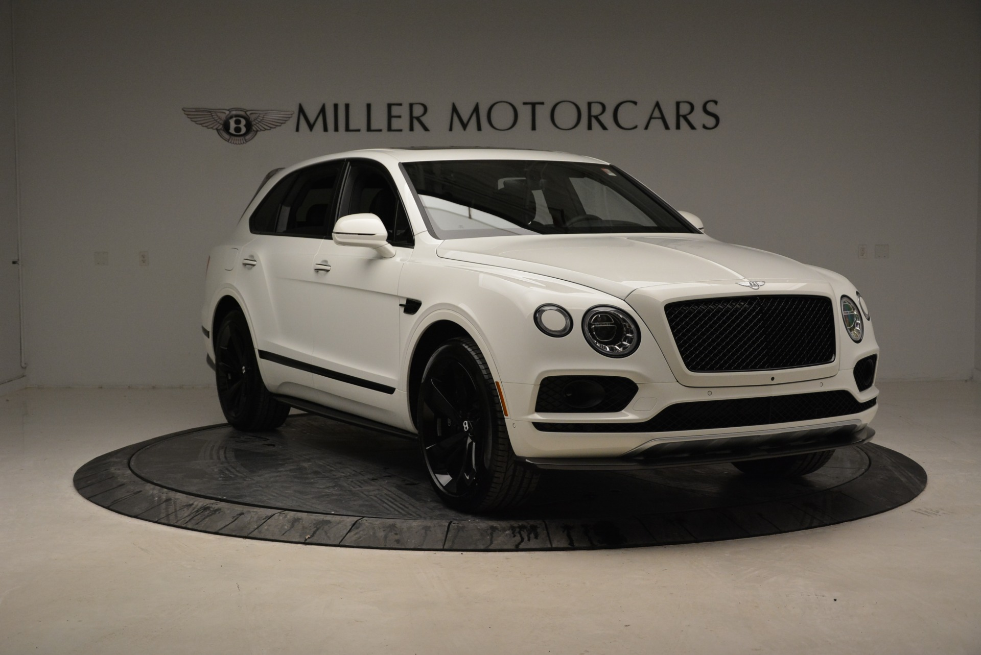 New 2018 Bentley Bentayga Black Edition For Sale In Greenwich, CT 1874_p11