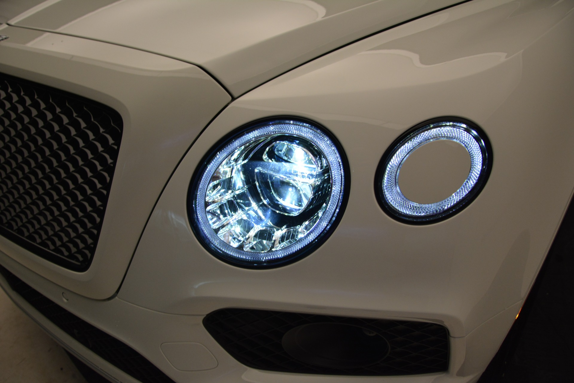 New 2018 Bentley Bentayga Black Edition For Sale In Greenwich, CT 1874_p17