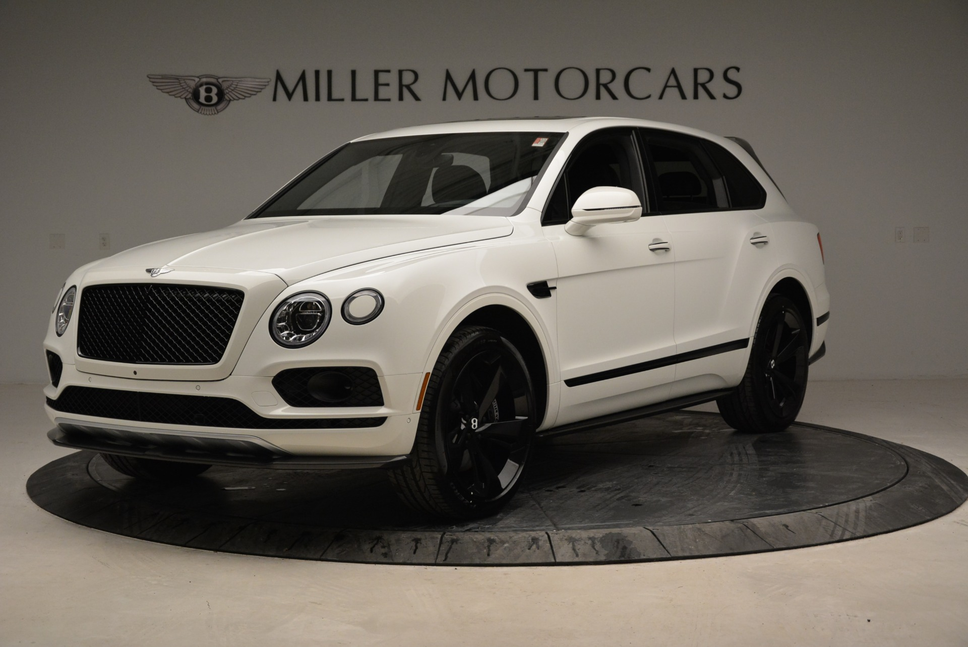New 2018 Bentley Bentayga Black Edition For Sale In Greenwich, CT 1874_p2
