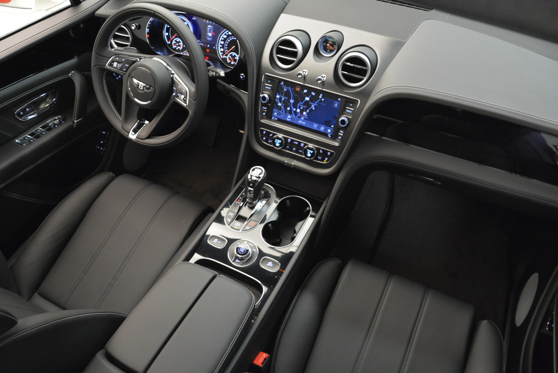 New 2018 Bentley Bentayga Black Edition For Sale In Greenwich, CT 1874_p36