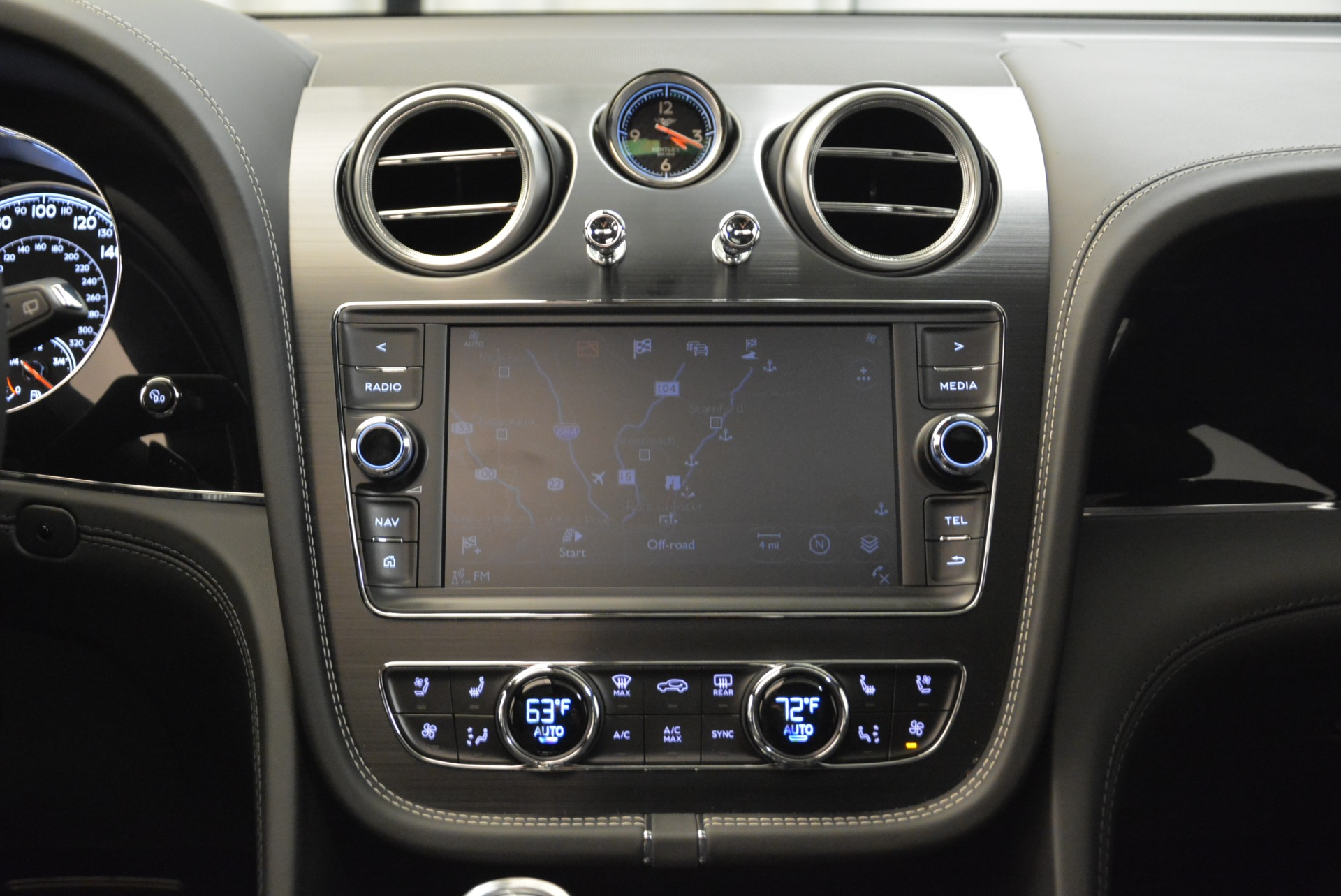New 2018 Bentley Bentayga Black Edition For Sale In Greenwich, CT 1874_p37