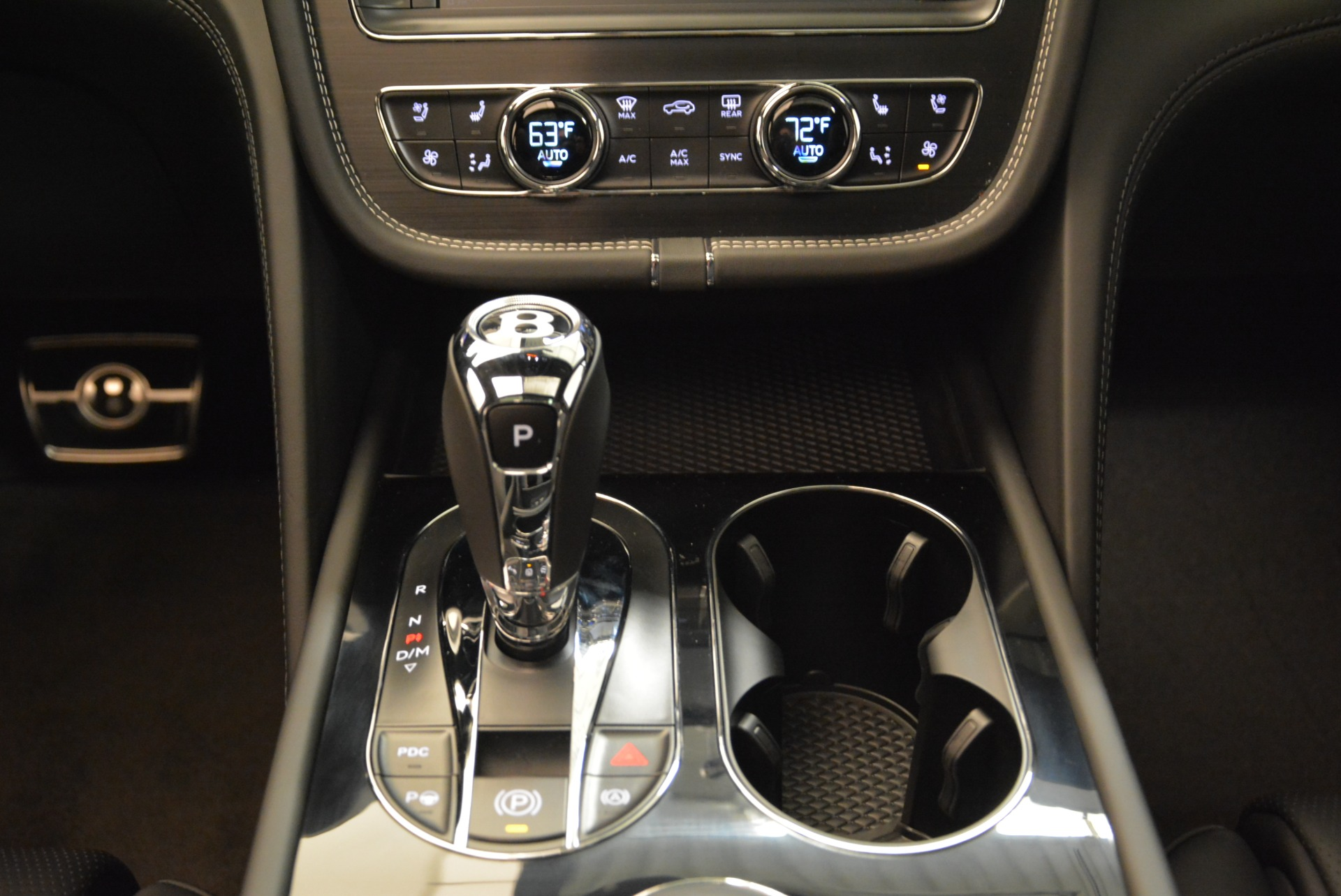 New 2018 Bentley Bentayga Black Edition For Sale In Greenwich, CT 1874_p38