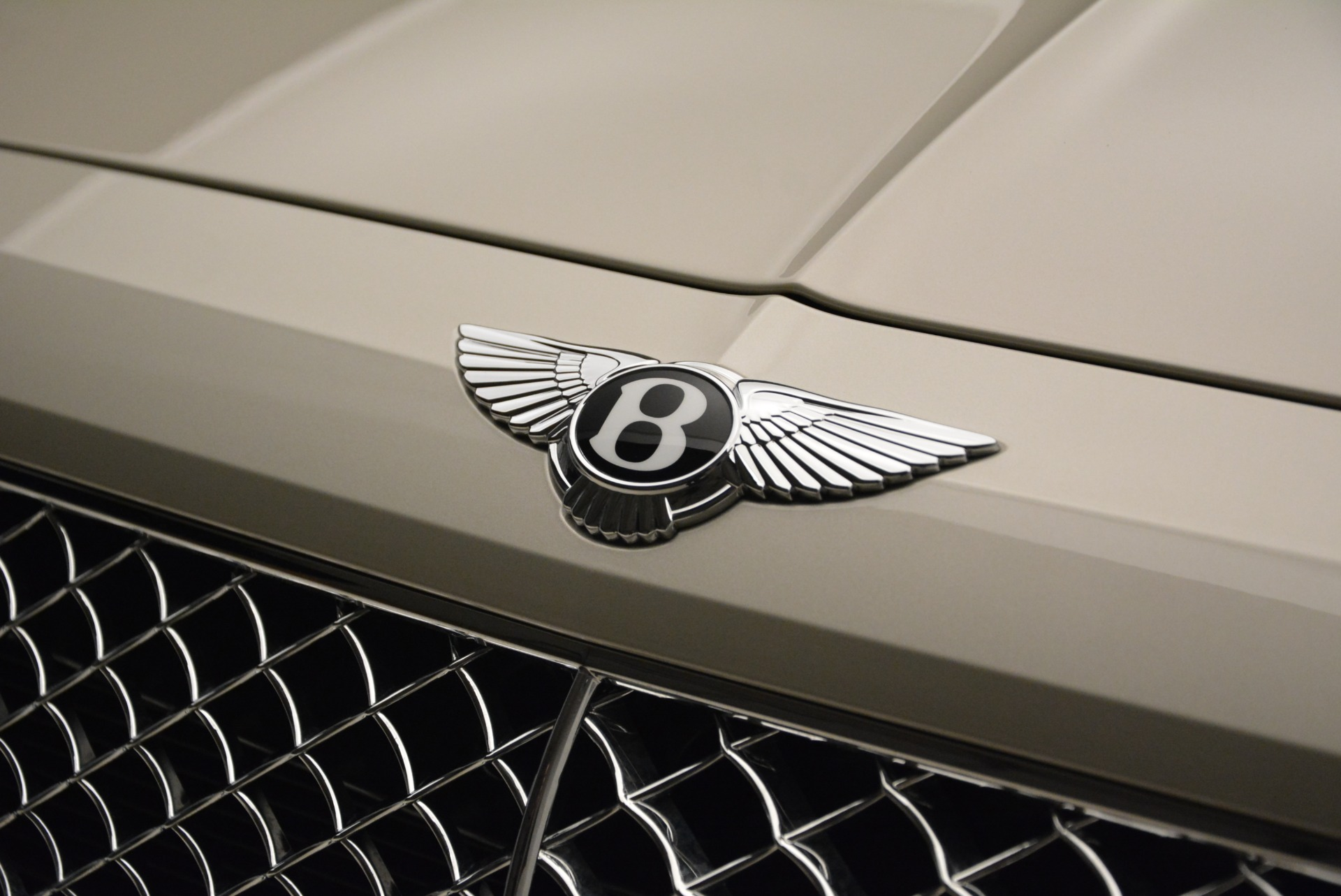 New 2018 Bentley Bentayga Signature For Sale In Greenwich, CT 1876_p15