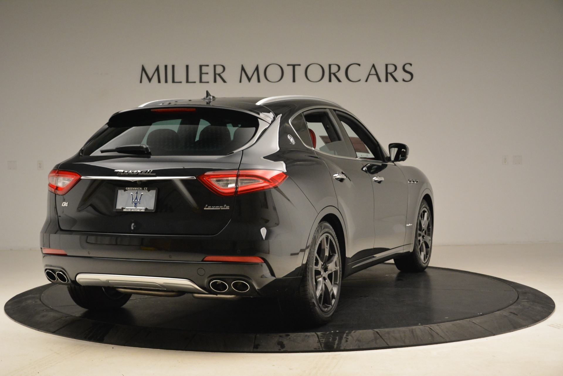 New 2018 Maserati Levante Q4 GranLusso For Sale In Greenwich, CT 1890_p7