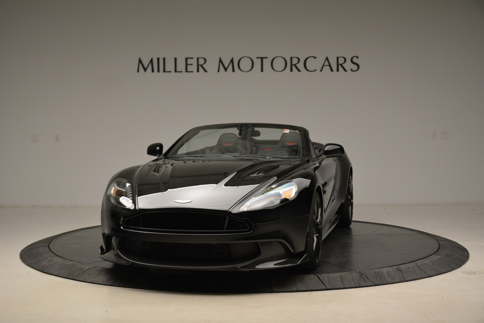 Used 2018 Aston Martin Vanquish S Convertible For Sale In Greenwich, CT 1895_main