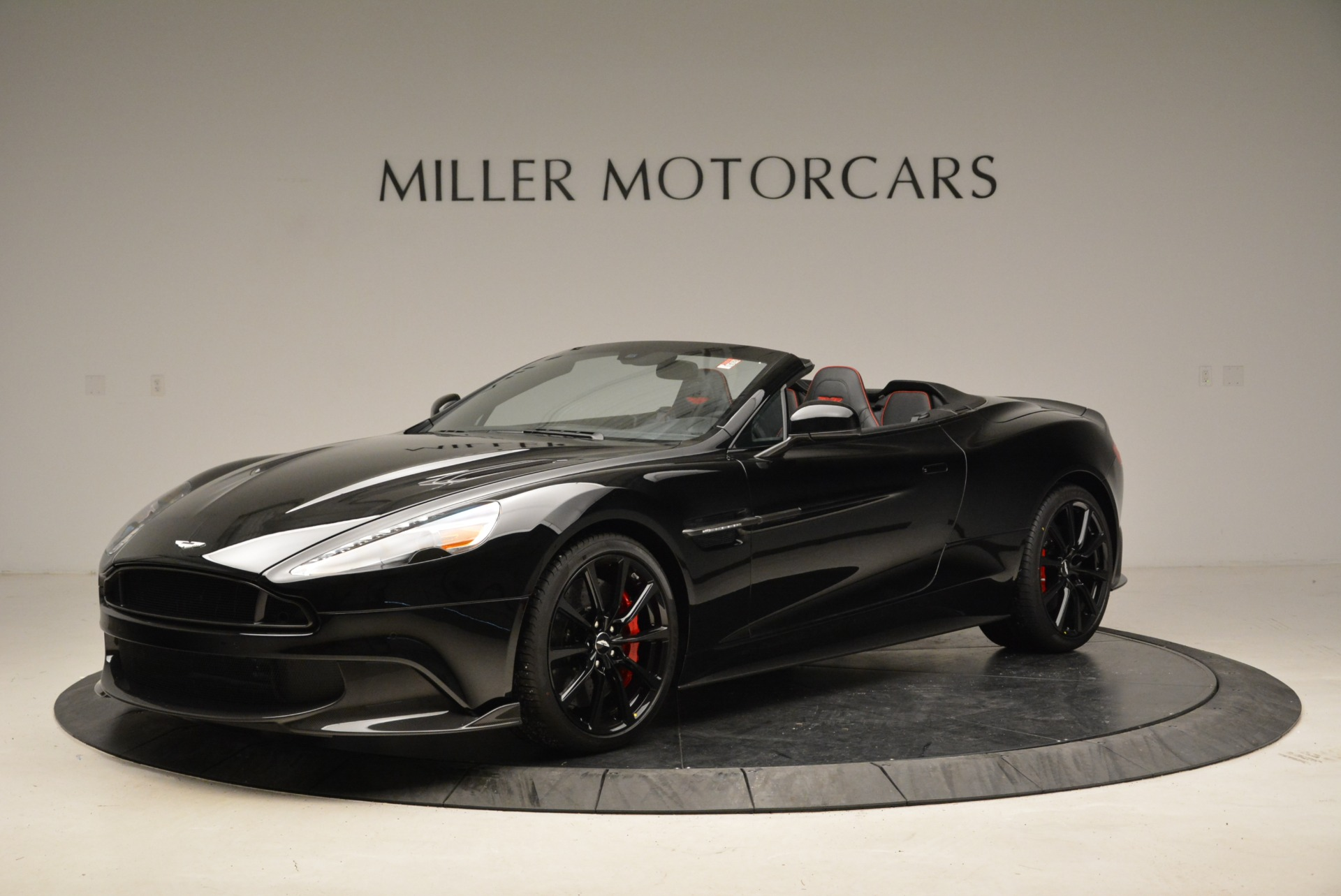 Used 2018 Aston Martin Vanquish S Convertible For Sale In Greenwich, CT 1895_p2