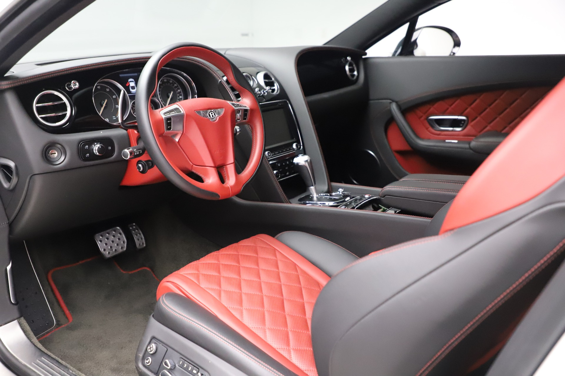 New 2016 Bentley Continental GT V8 S  For Sale In Greenwich, CT 19_p17