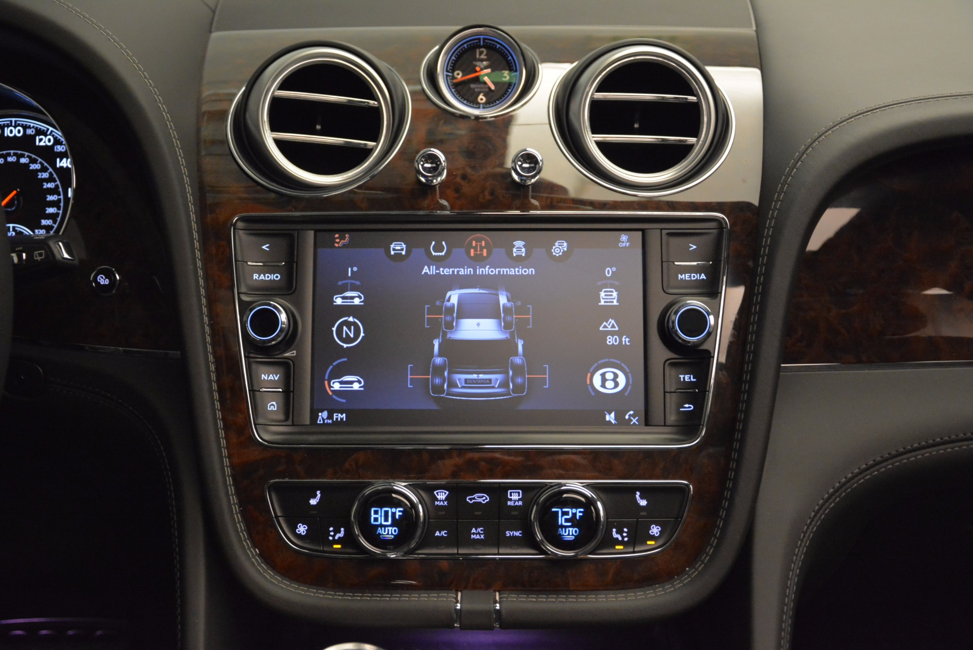 Used 2018 Bentley Bentayga W12 Signature For Sale In Greenwich, CT 1903_p46