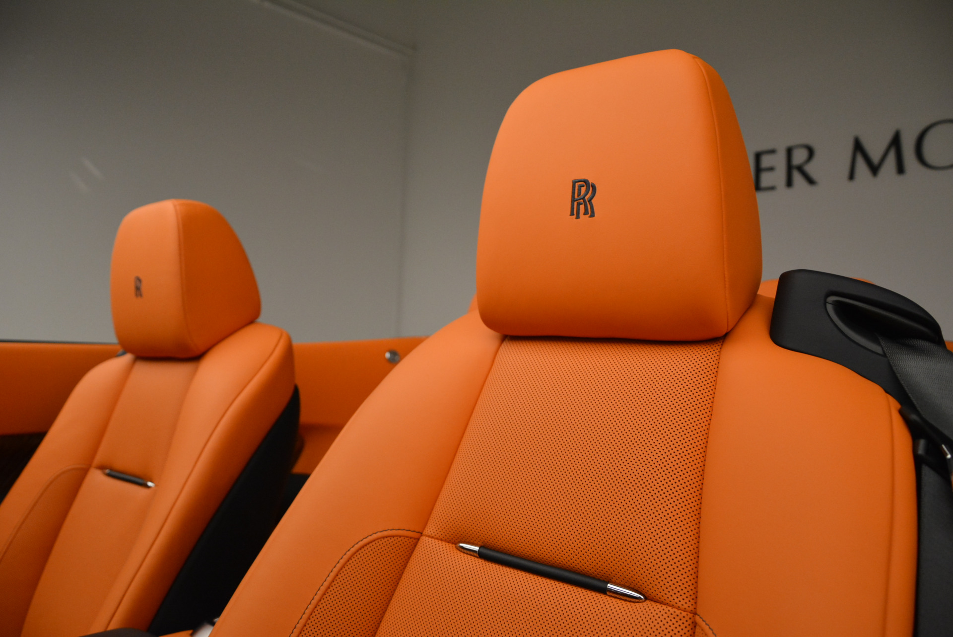 New 2018 Rolls-Royce Dawn  For Sale In Greenwich, CT 1905_p27