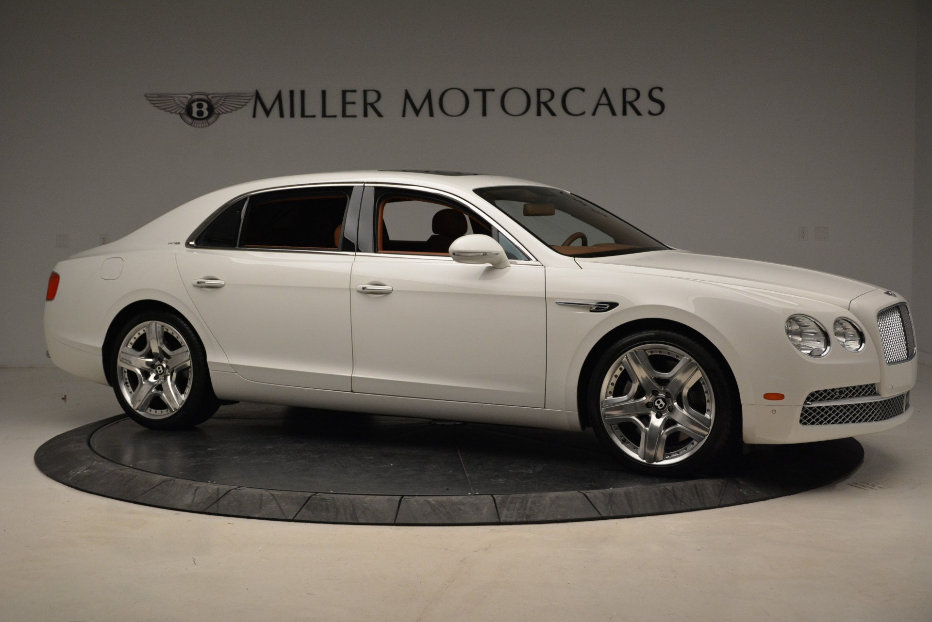 Used 2014 Bentley Flying Spur W12 For Sale In Greenwich, CT 1906_p10
