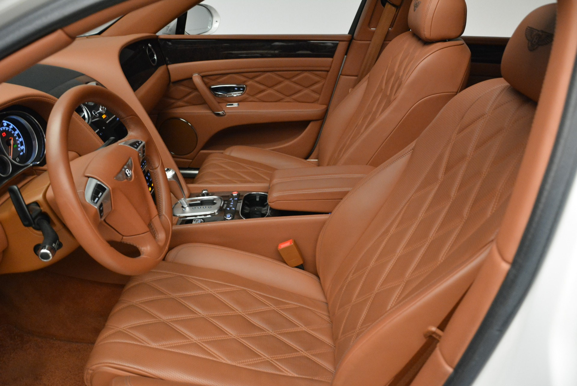 Used 2014 Bentley Flying Spur W12 For Sale In Greenwich, CT 1906_p23