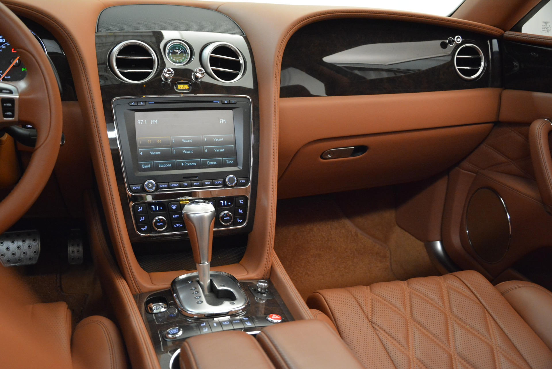 Used 2014 Bentley Flying Spur W12 For Sale In Greenwich, CT 1906_p41