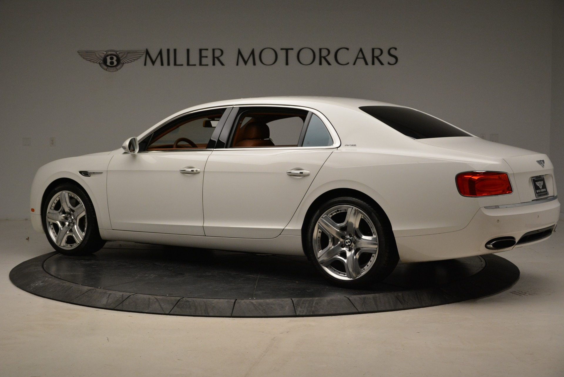 Used 2014 Bentley Flying Spur W12 For Sale In Greenwich, CT 1906_p4