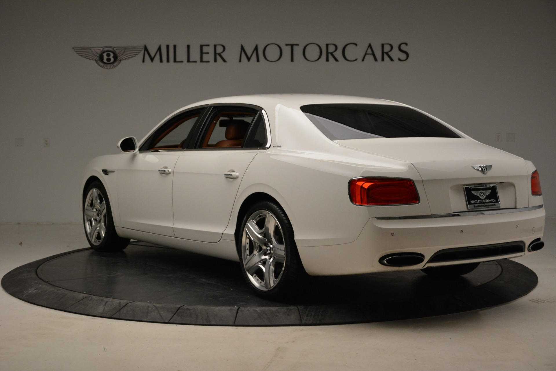 Used 2014 Bentley Flying Spur W12 For Sale In Greenwich, CT 1906_p5