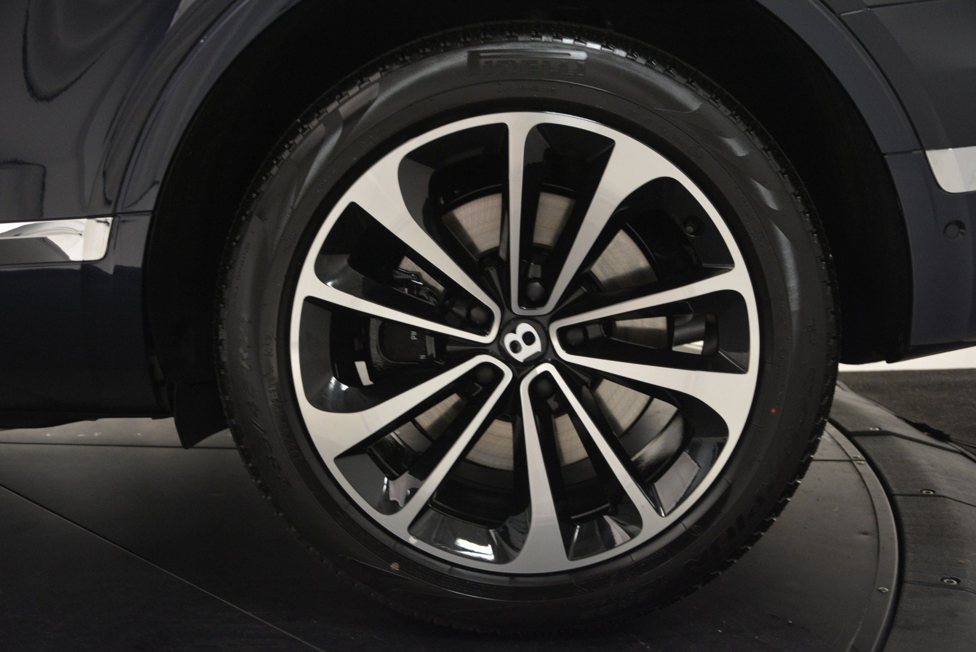 Used 2017 Bentley Bentayga W12 For Sale In Greenwich, CT 1913_p14