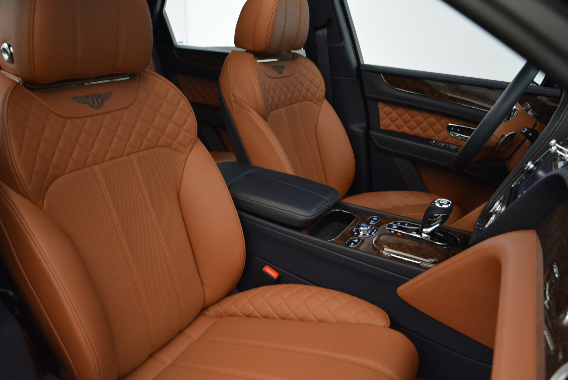 Used 2017 Bentley Bentayga W12 For Sale In Greenwich, CT 1913_p23