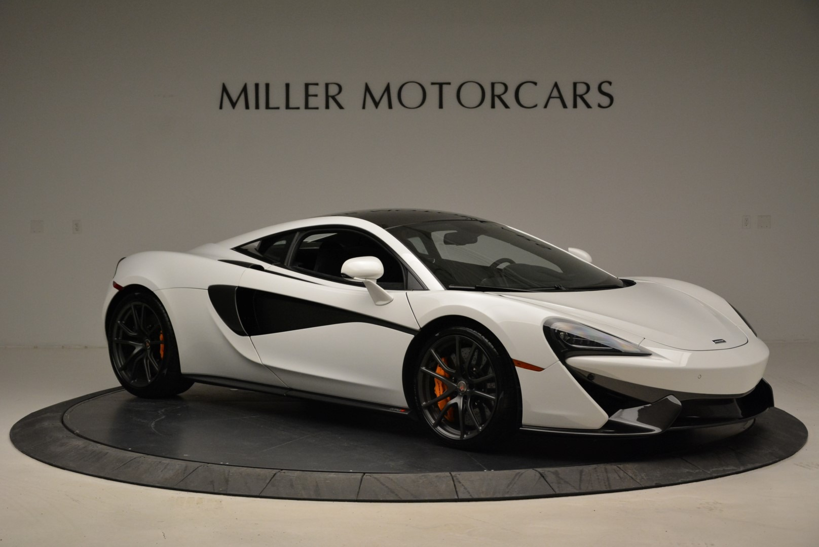 Used 2017 McLaren 570S  For Sale In Greenwich, CT 1914_p10