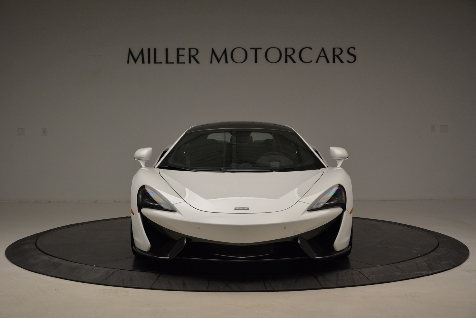 Used 2017 McLaren 570S  For Sale In Greenwich, CT 1914_p12
