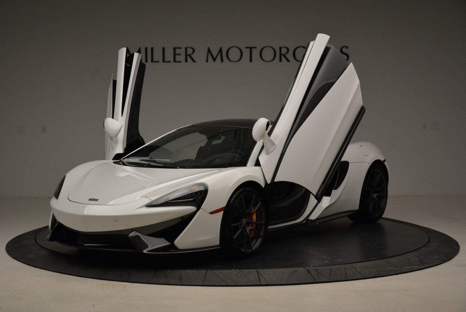 Used 2017 McLaren 570S  For Sale In Greenwich, CT 1914_p14