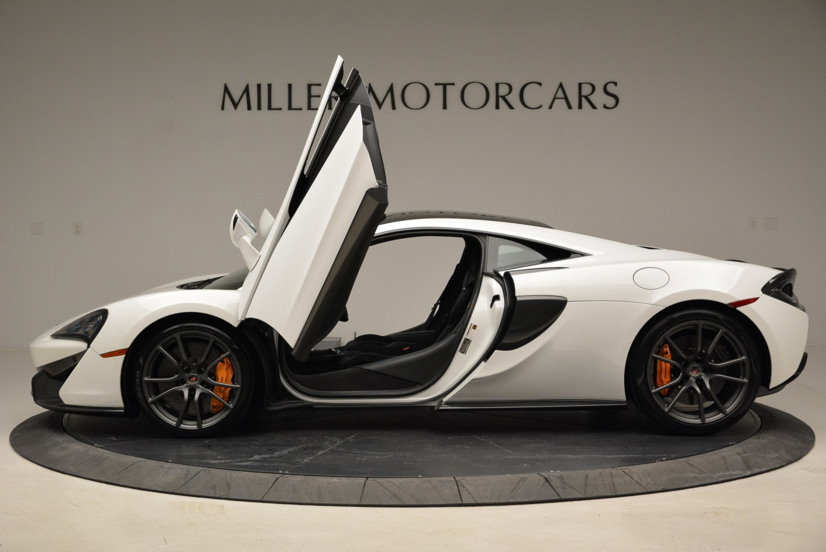 Used 2017 McLaren 570S  For Sale In Greenwich, CT 1914_p15