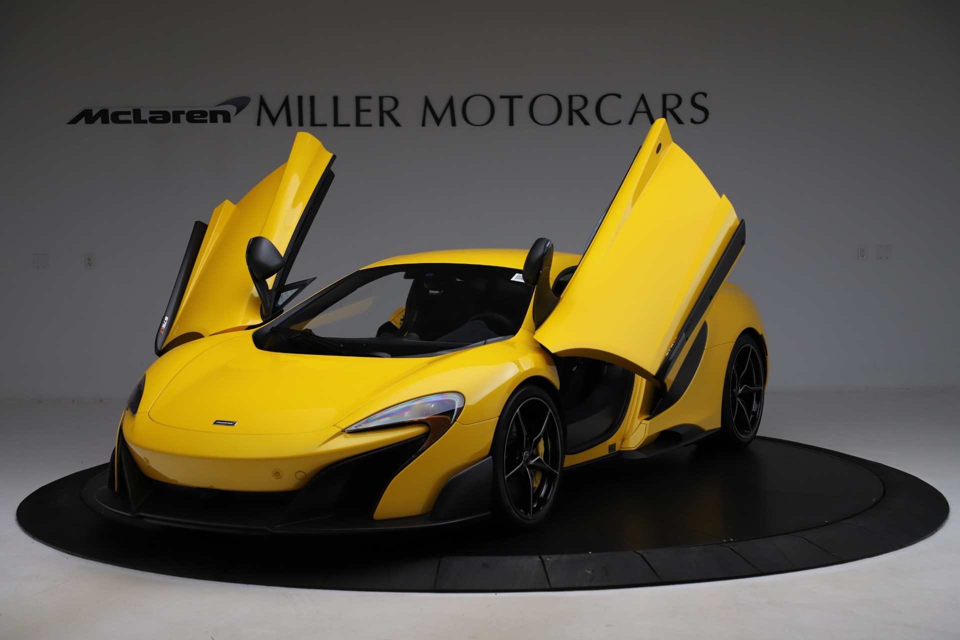 Used 2016 McLaren 675LT Coupe For Sale In Greenwich, CT 1916_p14