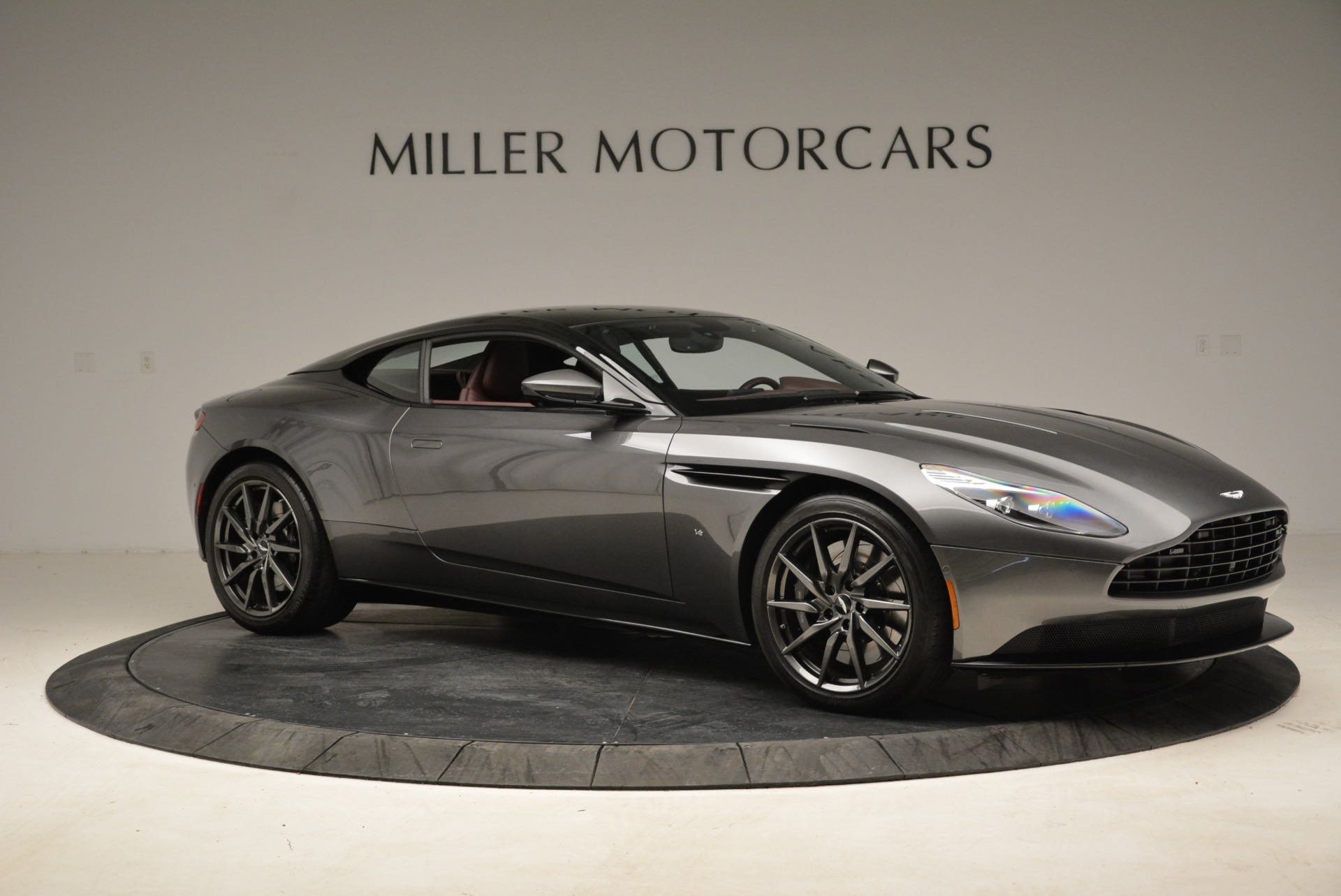 Used 2017 Aston Martin DB11  For Sale In Greenwich, CT 1920_p10