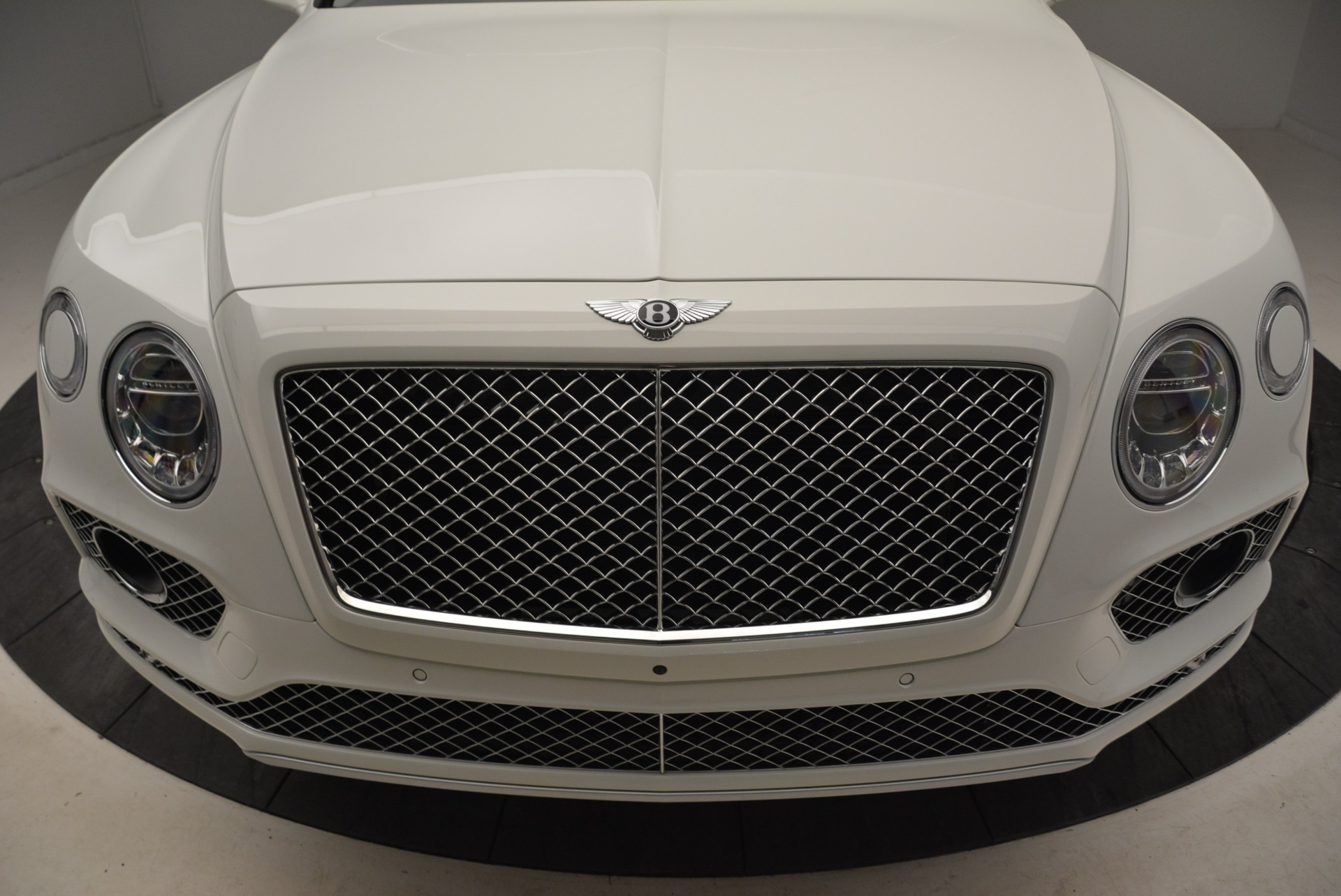 Used 2018 Bentley Bentayga Activity Edition For Sale In Greenwich, CT 1922_p13