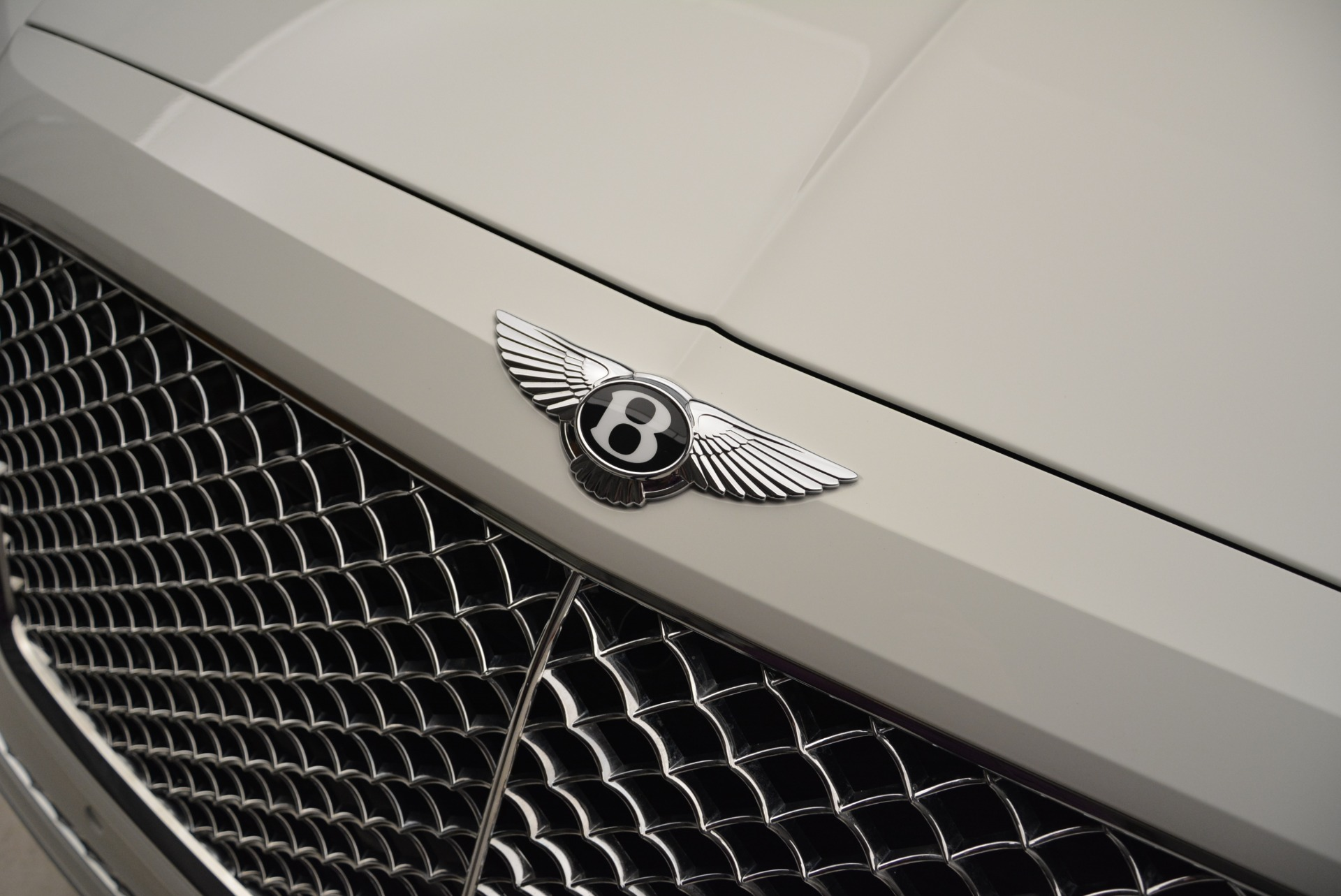 Used 2018 Bentley Bentayga Activity Edition For Sale In Greenwich, CT 1922_p15