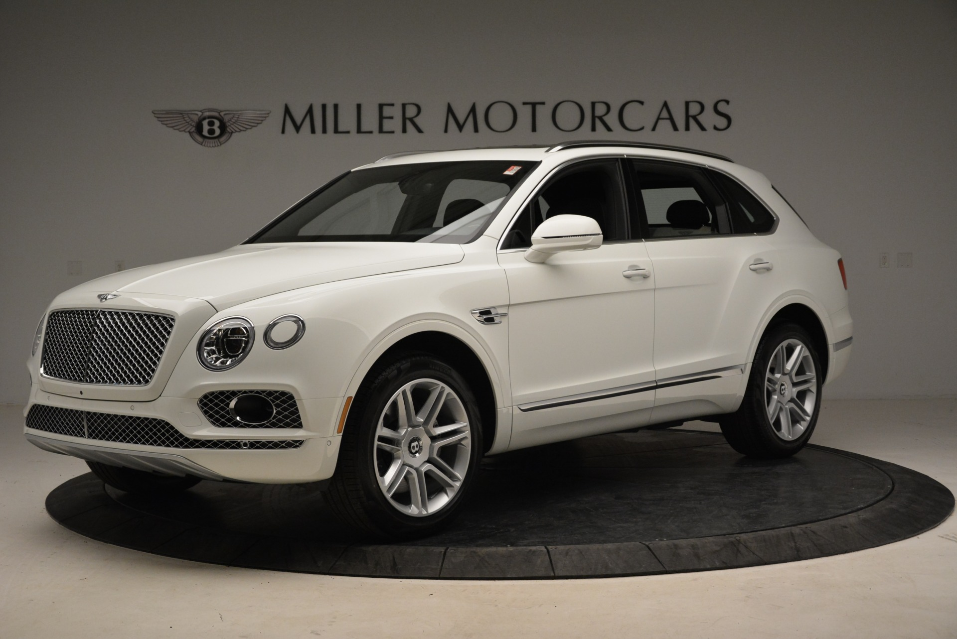 Used 2018 Bentley Bentayga Activity Edition For Sale In Greenwich, CT 1922_p2
