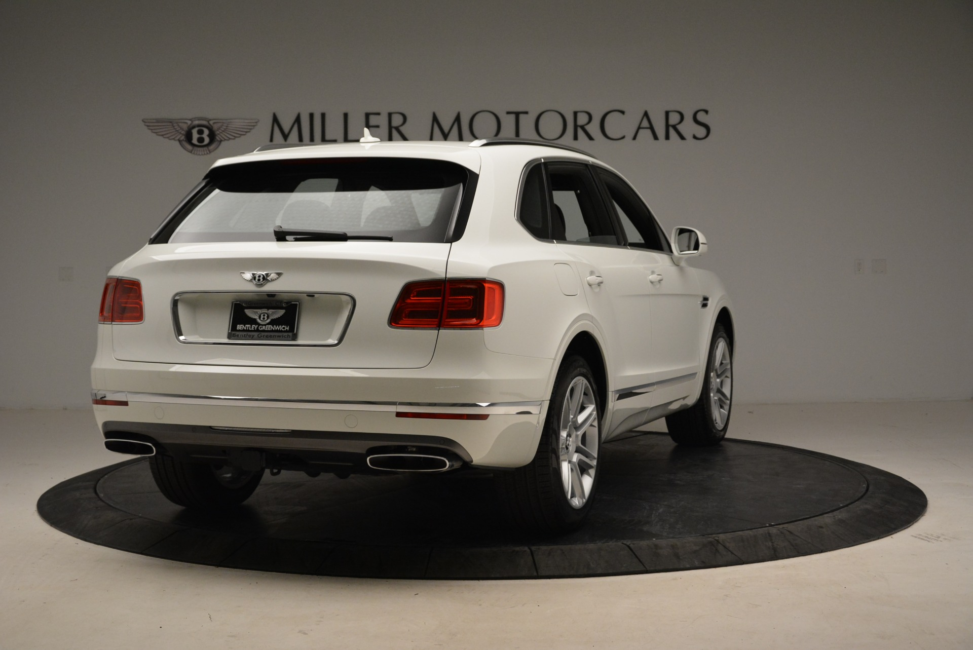 Used 2018 Bentley Bentayga Activity Edition For Sale In Greenwich, CT 1922_p7