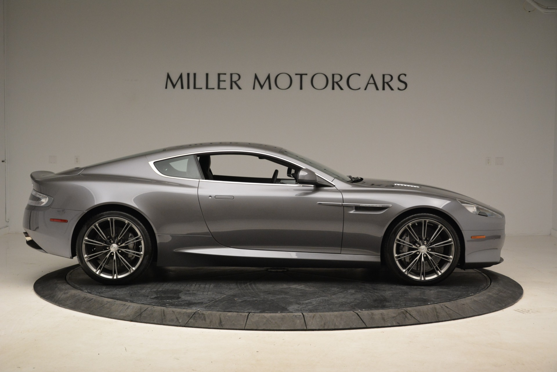 Used 2015 Aston Martin DB9  For Sale In Greenwich, CT 1951_p9