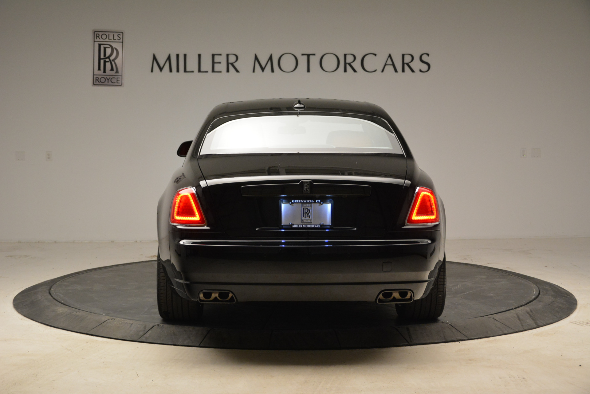 Used 2017 Rolls-Royce Ghost Black Badge For Sale In Greenwich, CT 1959_p6