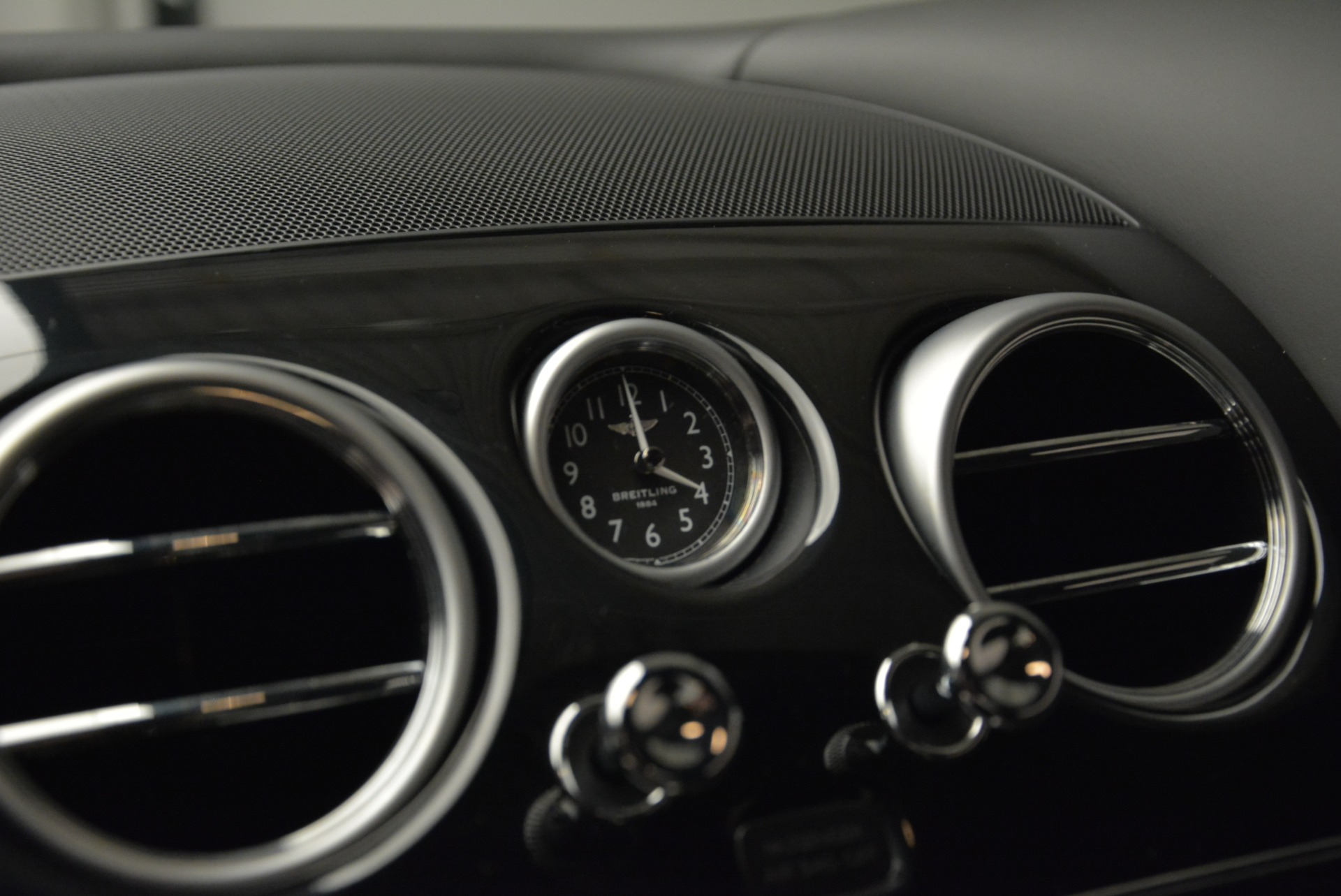 Used 2015 Bentley Continental GT V8 S For Sale In Greenwich, CT 1960_p25