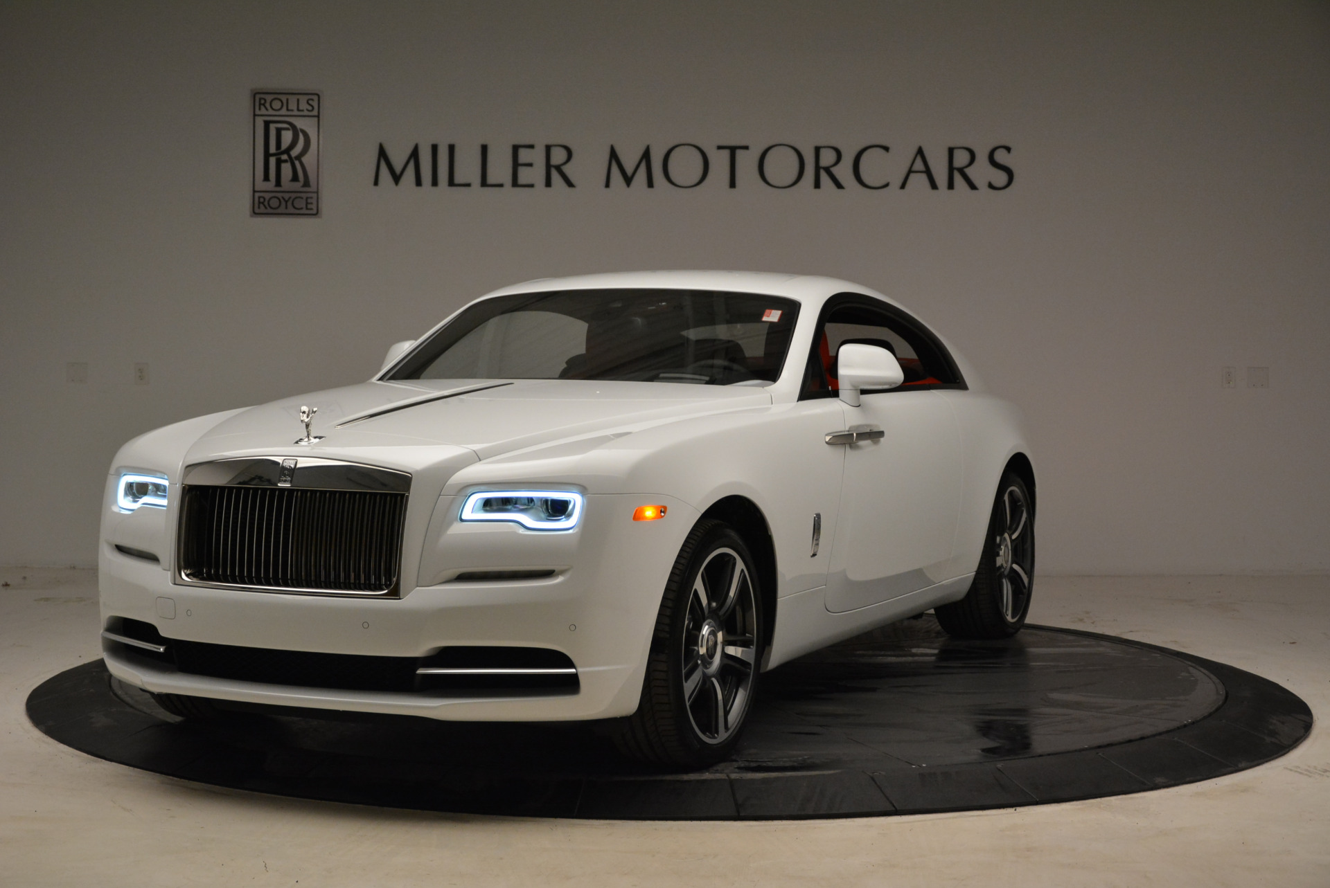 New 2018 Rolls-Royce Wraith  For Sale In Greenwich, CT 1966_main